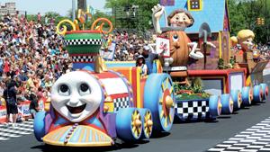 500 festival parade webad 0515