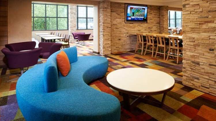 Fairfield Inn & Suites by Marriott Indianapolis East 2
