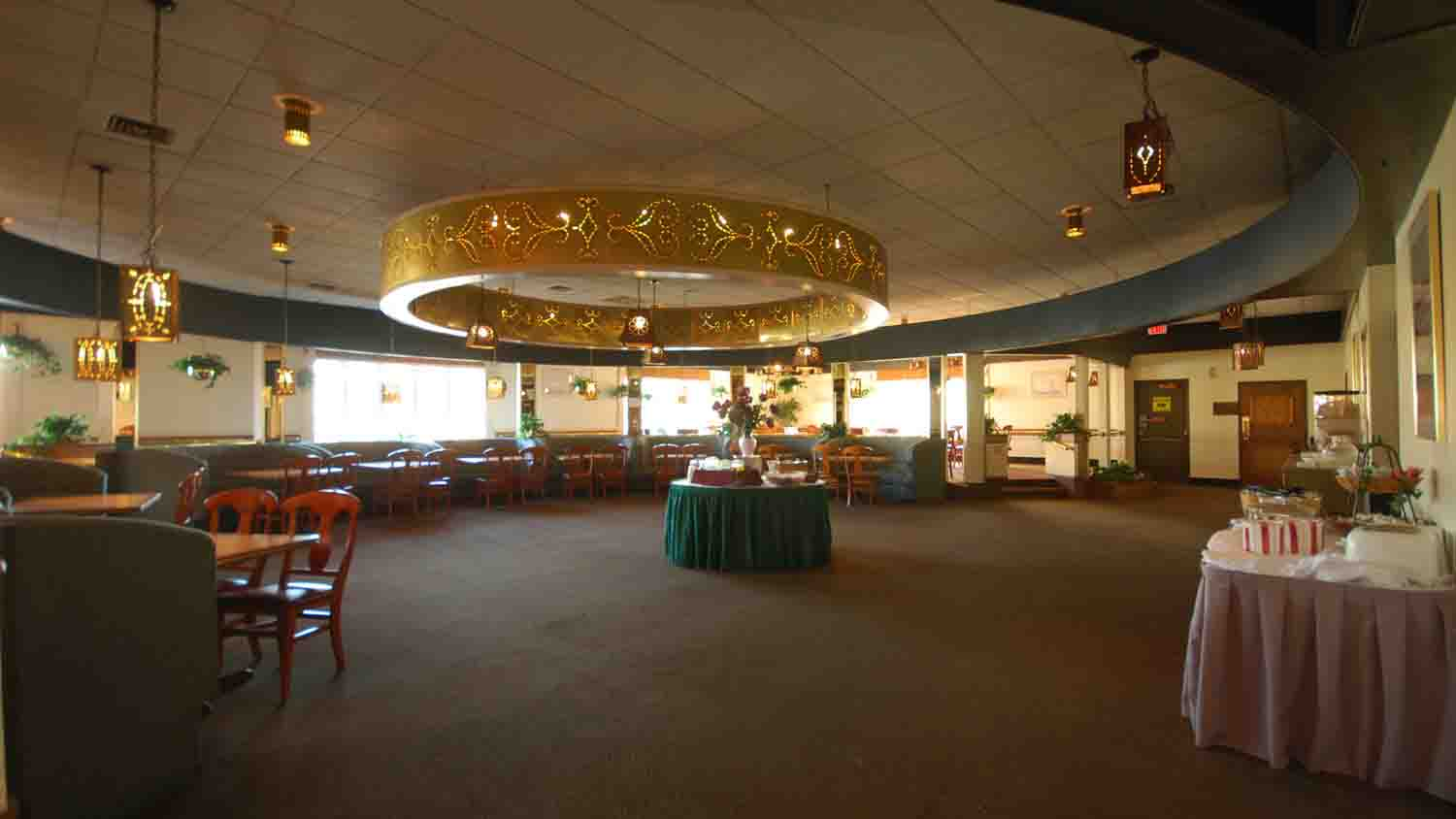 Clarion Hotel & Conference Center 9