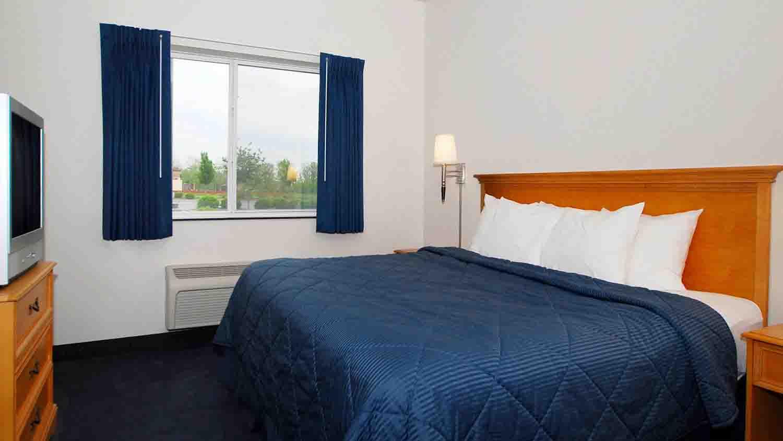 Comfort inn lawrence 2