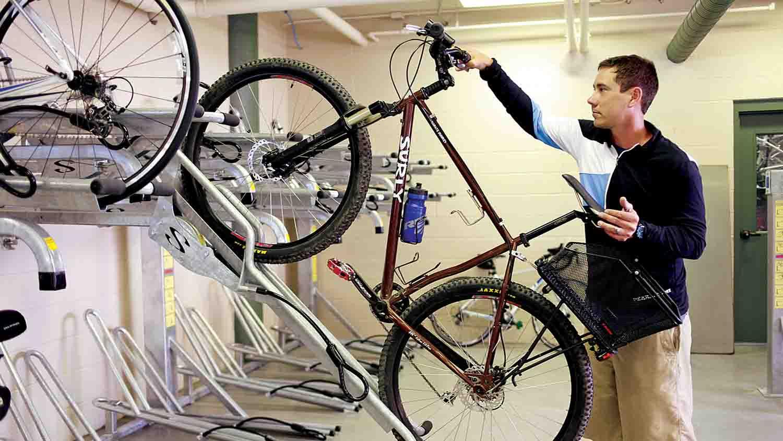 Indy Bike Hub 1