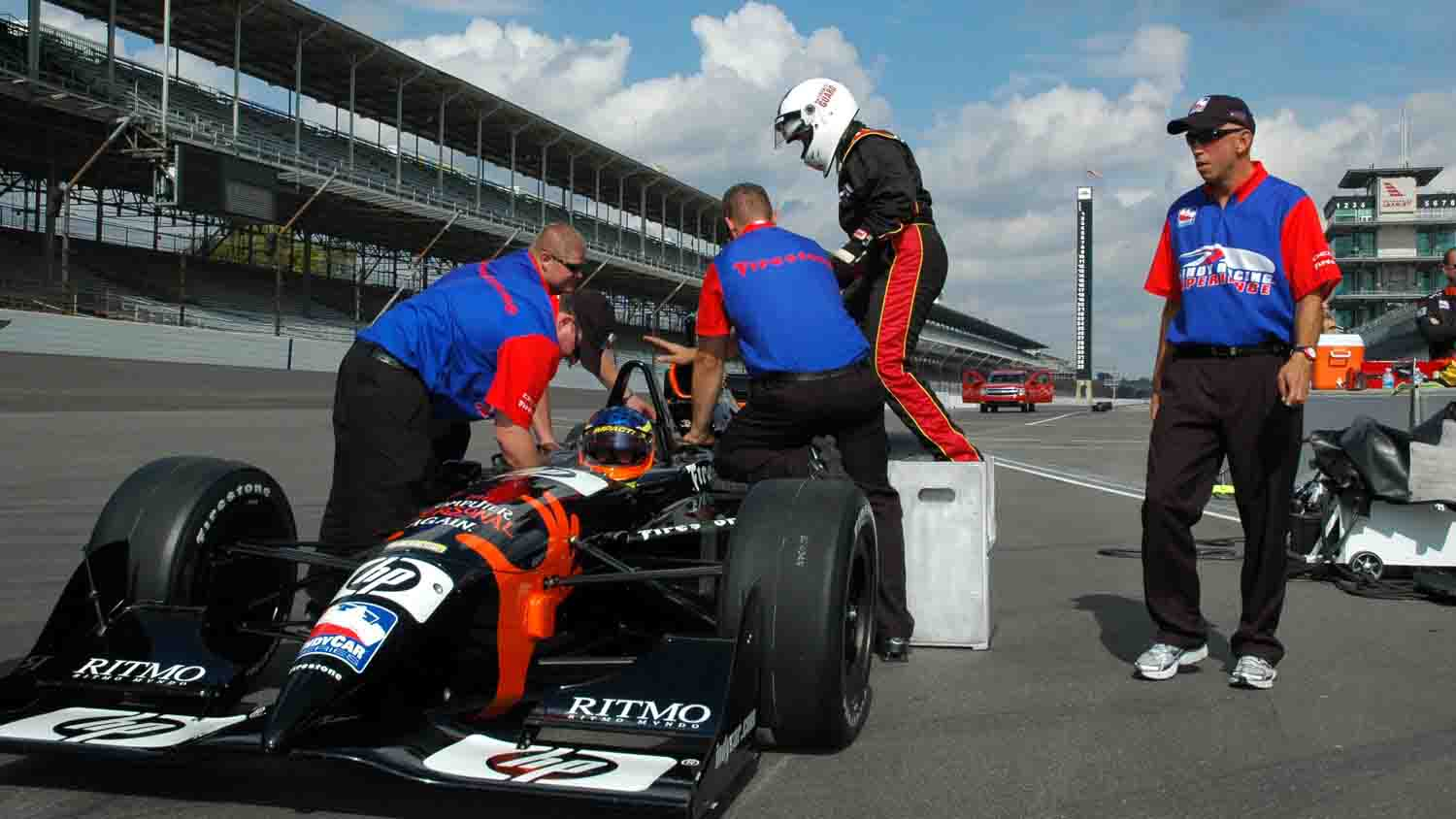 Indy Racing Experience 2