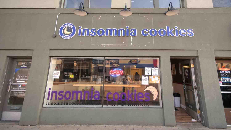 Insomnia Cookies 1