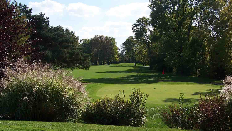 Maple Creek Golf & Country Club 1