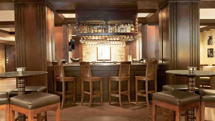 Alexander's Bar & Grille at Sheraton Indianapolis City Centre Hotel