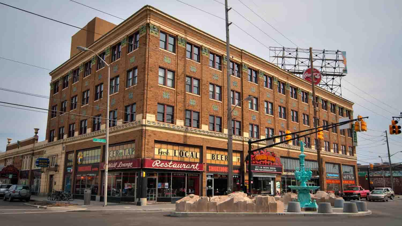 Fountain square theatre building 1