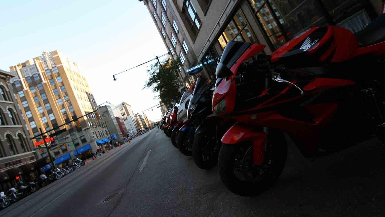 Motorcycles on Meridian 4