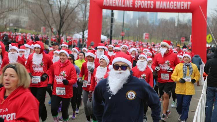 Santa Hustle Indy 5k and Half Marathon 2