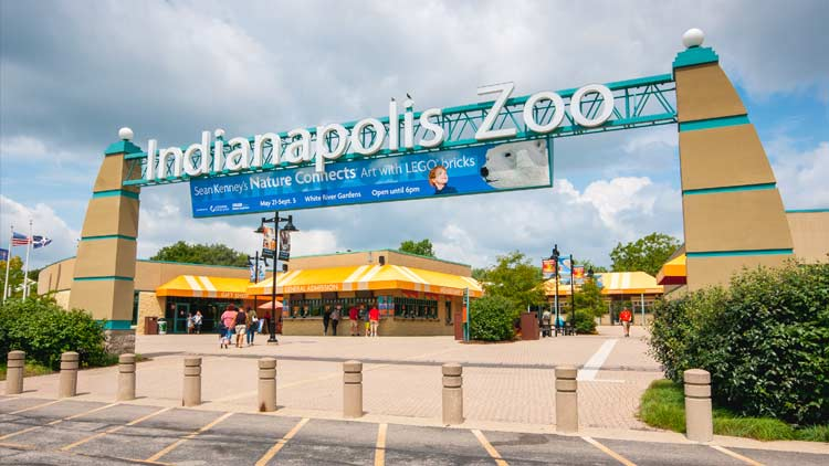 Indianapolis Zoo located in White River State Park 17