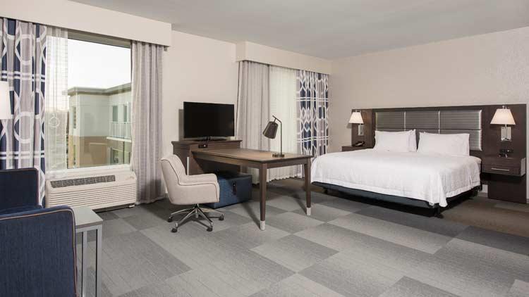 Hampton Inn & Suites - Indianapolis Keystone 3