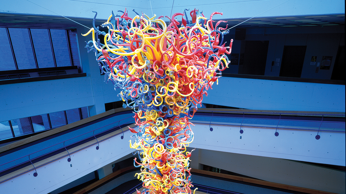 See the world's largest Chihuly