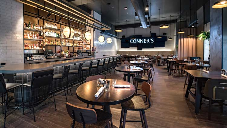 Conner's Kitchen + Bar at Indianapolis Marriott Downtown 3