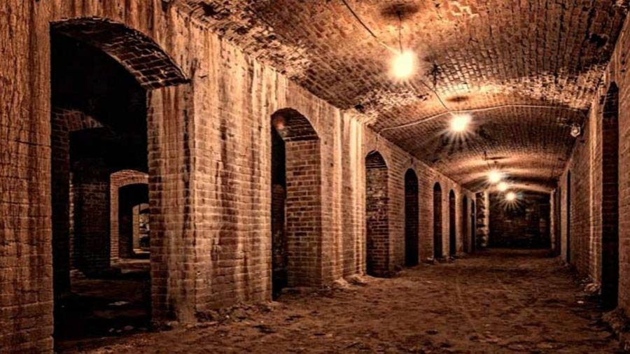 4 Spine-Chilling Indy Ghost Tours