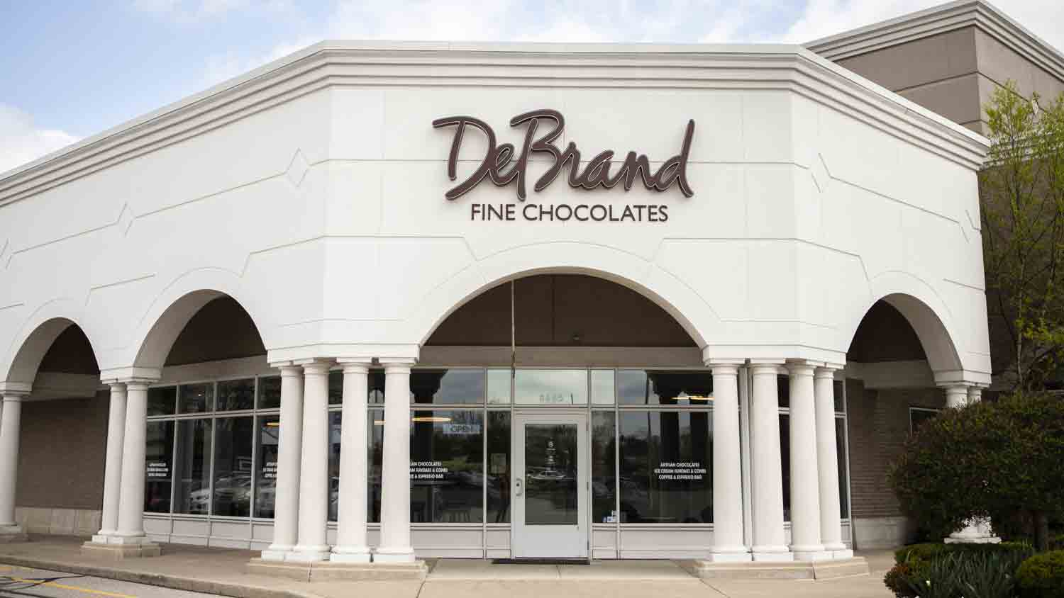 DeBrand Fine Chocolates 24