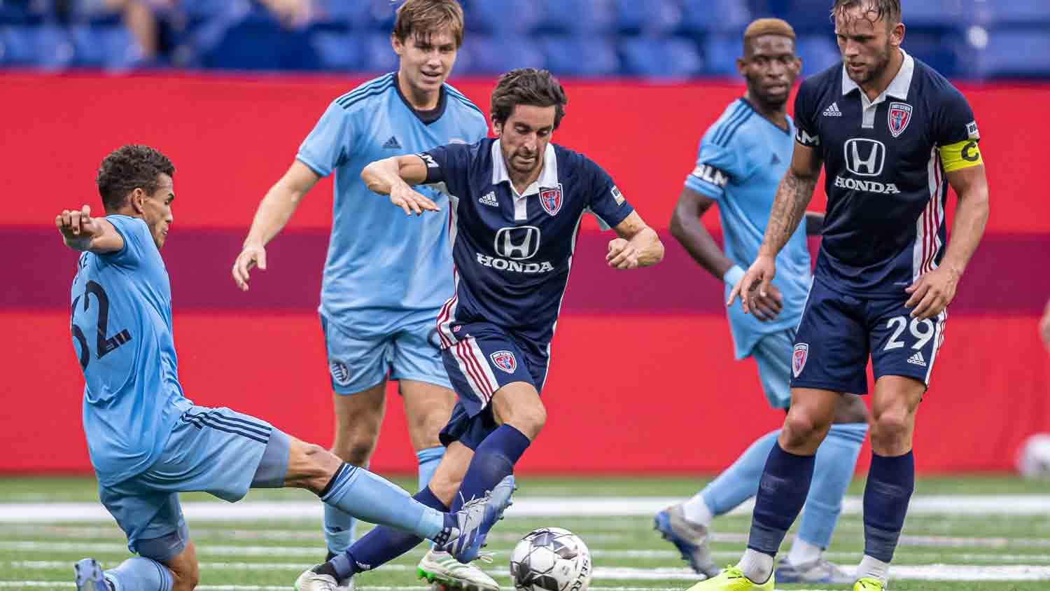 Indy Eleven 18