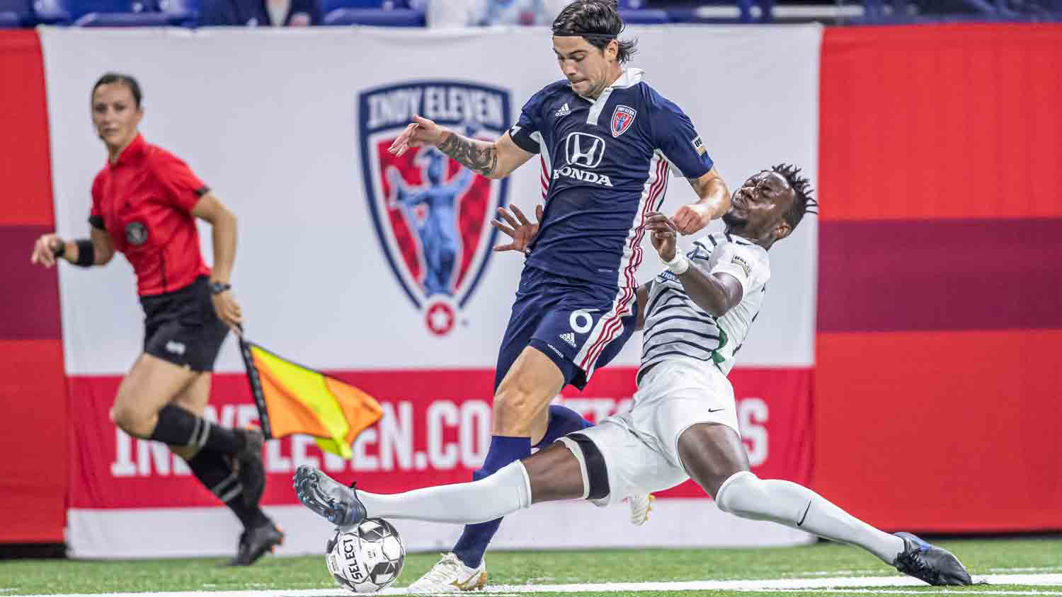 Indy Eleven 21