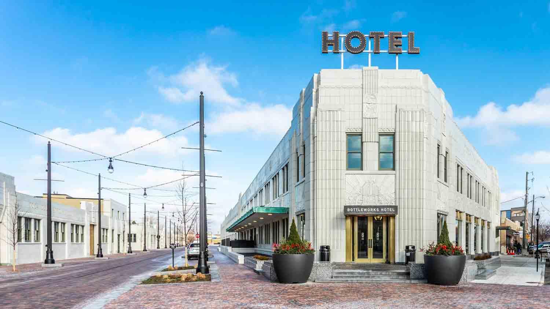 Bottleworks Hotel 30